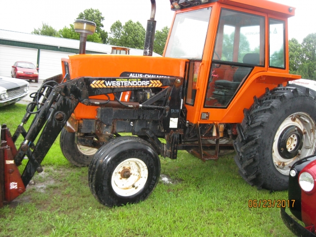 Allis Chalmers 6080 Tractor