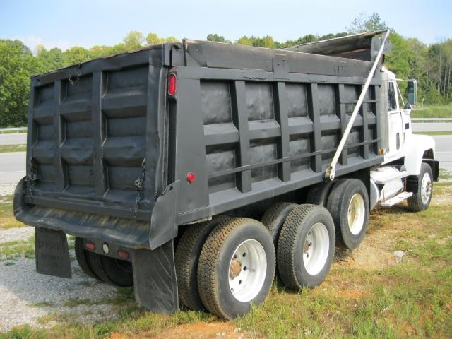 1993 Mack Dump Truck