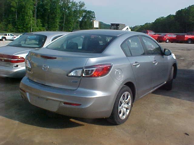 2013 Mazda 3i
